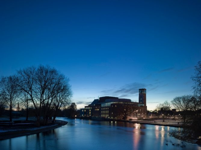 The Royal Shakespeare Theatre in Stratford-upon-Avon at night
